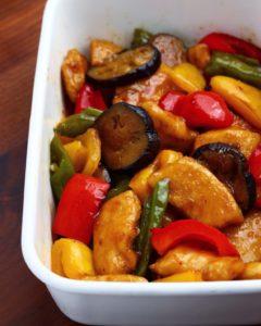 【作り置きレシピ】鶏胸肉と夏野菜の酢豚風