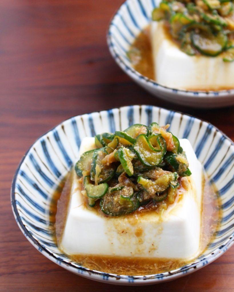 【レシピ】冷奴 (きゅうりとみょうがの薬味だれ)